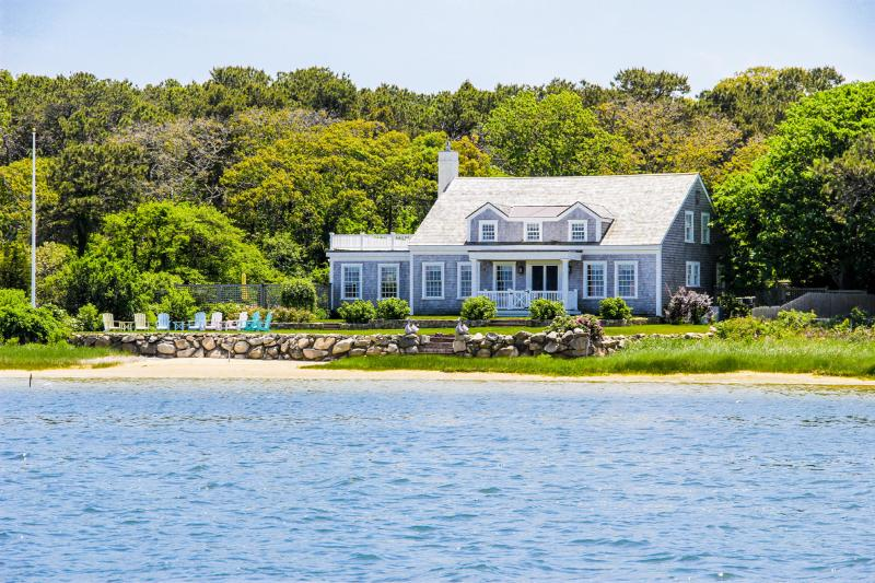 PURDB - Waterfront Luxury, Spectacular Views, Recently Renovated, Close - Image 1 - Edgartown - rentals