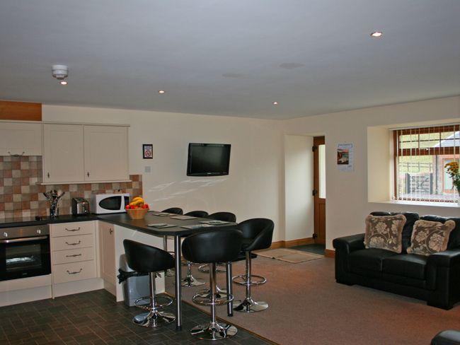 Open-plan lounge/diner/kitchen - LK22M - Roberton - rentals