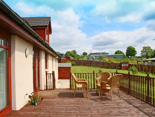 Patio area - LK25M - Letham Grange - rentals