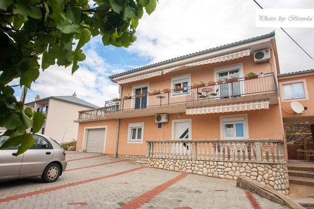 Inviting apartment Bionda for 2+1 (D) in Senj - Image 1 - Senj - rentals