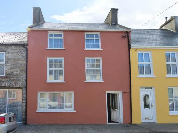 THE BOOTMAKER'S COTTAGE three-storey property, close to amenities in Kilrush Ref 906511 - Image 1 - Kilrush - rentals