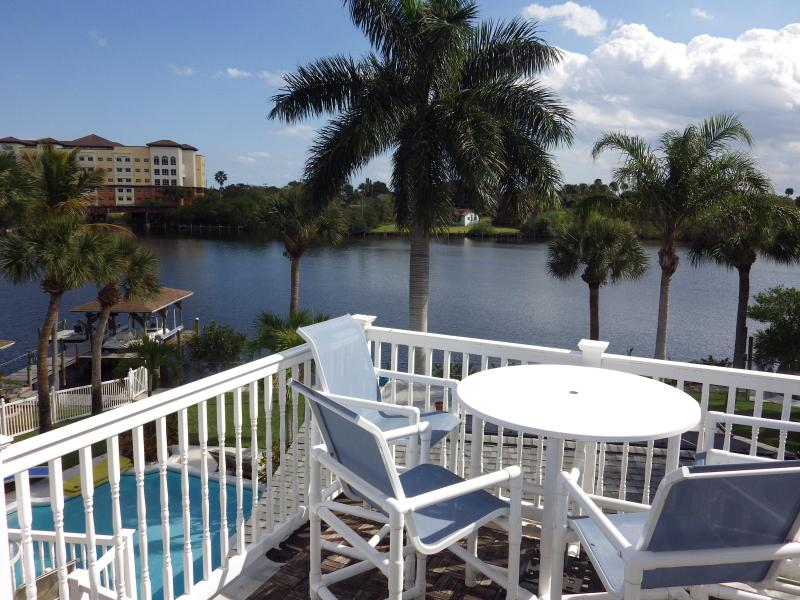 Private Deck w/Table & Chairs - Osprey's Nest - 1 BR Apt at Crane Creek Inn B&B - Melbourne - rentals