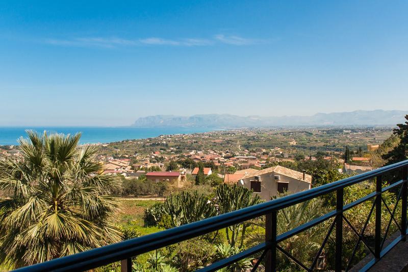 Bellavista Home Holiday - Image 1 - Castellammare del Golfo - rentals