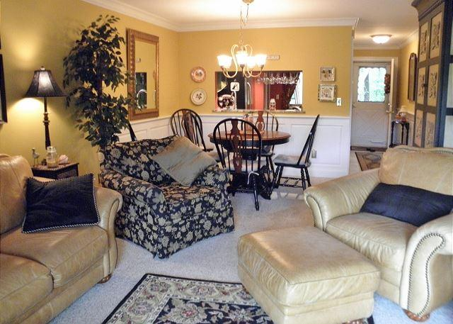 Living Room - OCEAN  EDGE RESORT- 2 BEDROOM, 2 BATH LOWER LEVEL GARDEN VILLA - Brewster - rentals