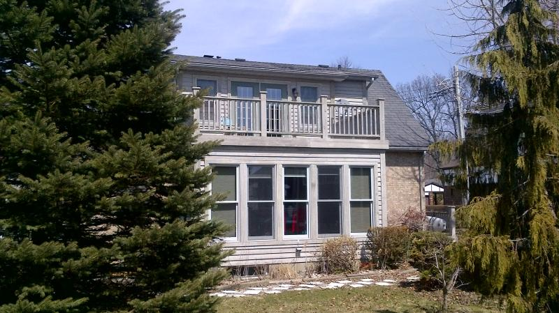 Outside w/ 2nd Storey Deck - Modern Orchard Beach Lakefront - Port Stanley - rentals