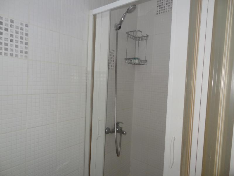 bath room - Clean and comfortable studio (suitable for family) - Istanbul - rentals