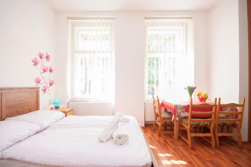 Art Nouveau Cute Studio - Image 1 - Prague - rentals