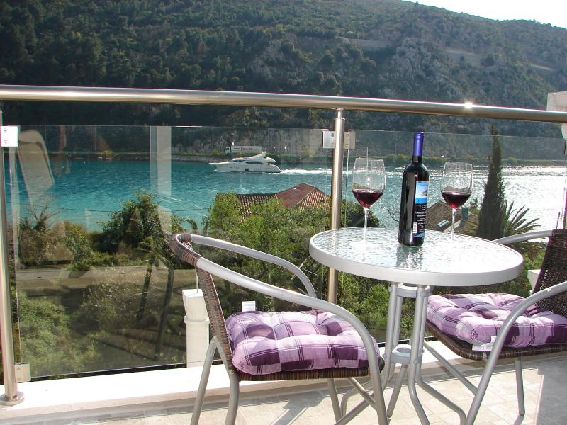 Apartments Ines with sea view near Dubrovnik II - Image 1 - Dubrovnik - rentals