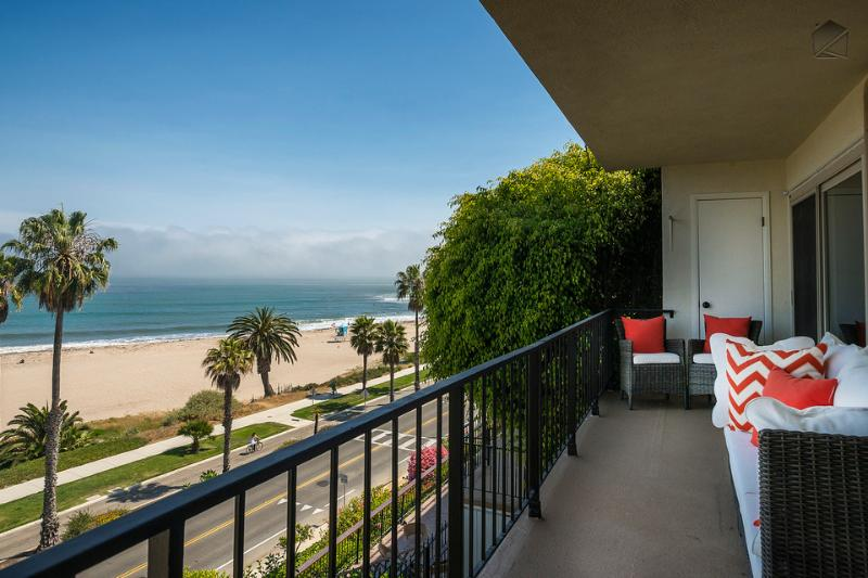 You'll have the best seat in the house on this ocean view balcony. - West Beach condo with ocean views - Beachside Retreat - Santa Barbara - rentals