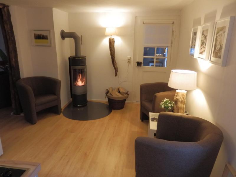 zitje met houtkachel / sitting area with fireplace - Ferien-Nijenhuis Wanfried Werratal Werra/Meißnerkr - Wanfried - rentals