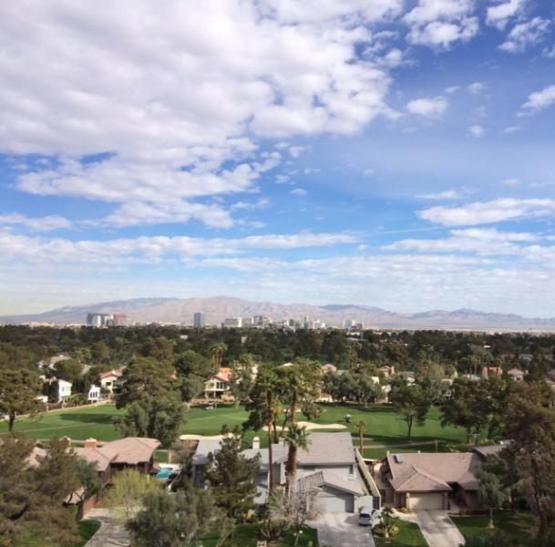 The Spectacular View From Bed Room, Living Room & Balcony !!! - AAA 1, Pent House (1BR+Den), With An Amazing Golf Course & Mountain View !!! - Las Vegas - rentals