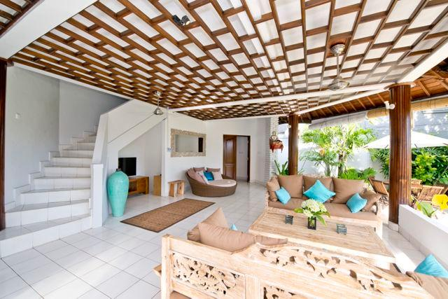 Spacious open living room w large private garden - Wonderful, spacious villa 5 mn. from Echo Beach - Canggu - rentals