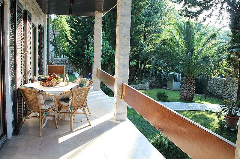 GARDEN TERRACCE - Peacefull Beach Villa In Cavtat - Cavtat - rentals
