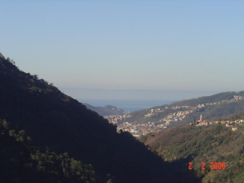 View from the garden - Apartment with garden and breathtaking view - Castiglione Chiavarese - rentals