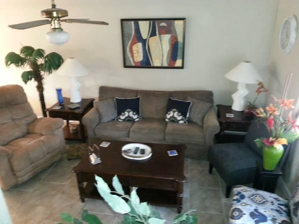 Living room with sleeper sofa - Beautiful Townhouse in Gulf Highlands at Edgewater - Panama City Beach - rentals