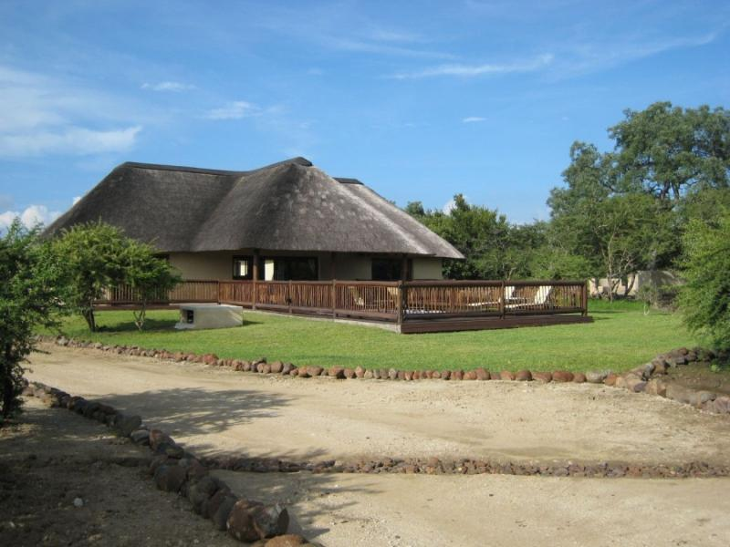 Front View - 2 bedroom Holiday Home In Wildlife Estate - Hoedspruit - rentals