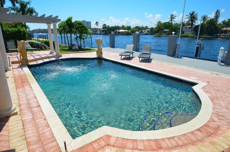 "Spectacular Heated Pool & Lounge Area Overlooks Intracoastal Waterway & Offers Breathtaking  Views.. - By The Sea Vacation Villas LLC-""Casa Marina"" WATERFRONT Htd Pool+ Beach Access - Lauderdale by the Sea - rentals"