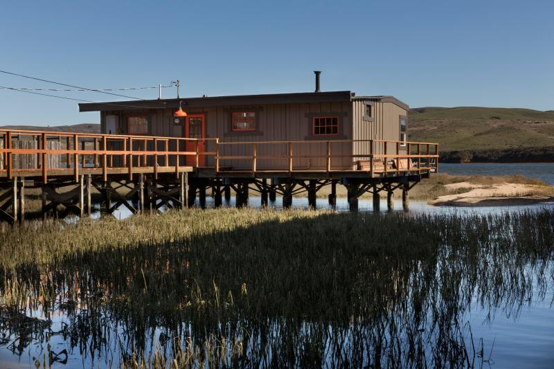 Cottage on Tomales Bay - Image 1 - Inverness - rentals