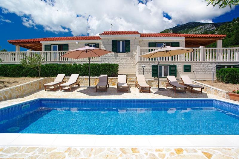 Luxury villa with swimming pool - AdriaBol Luxury Villa with pool Oliva 2 - Bol - rentals