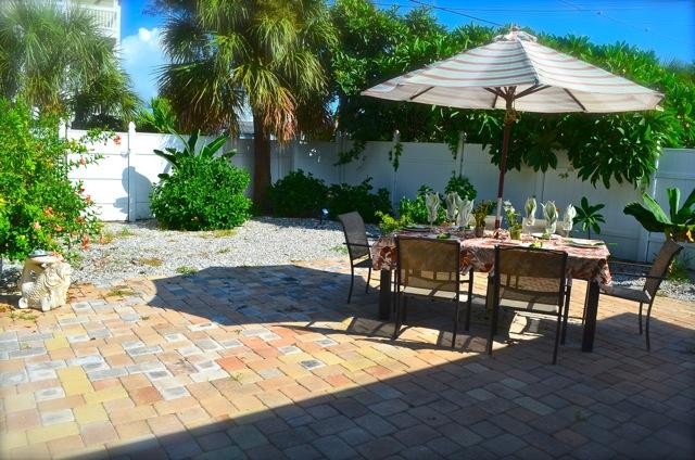 Rlaxing patio - Wyatt Beach House - Treasure Island - rentals