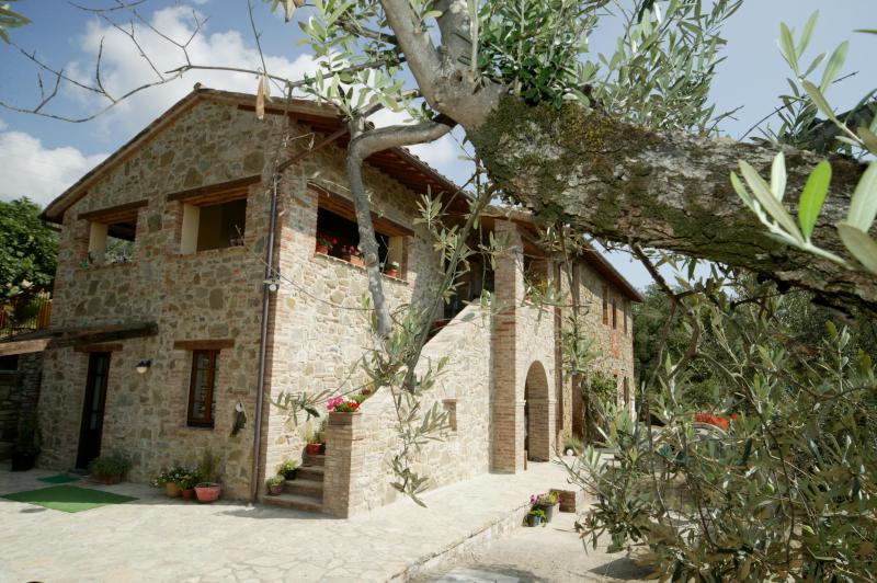 Sunny Casa Fontana Umbria - Casa Fontana Umbria Peaceful Rental for 2+ pool - Tavernelle - rentals
