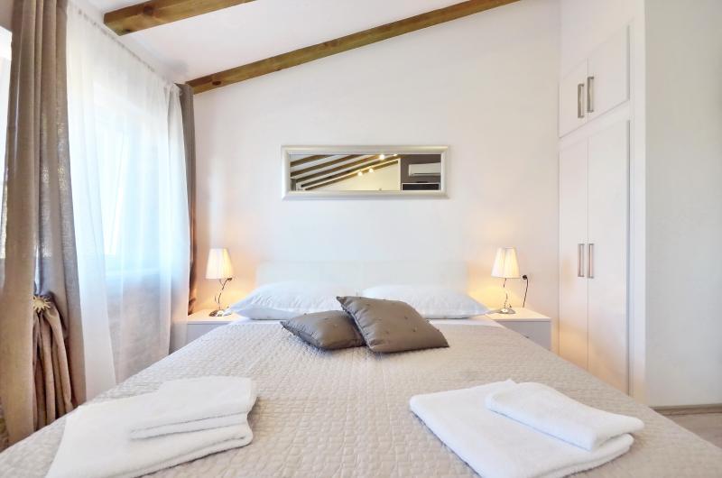Silver luxury studio in center of Split **** - Image 1 - Split - rentals