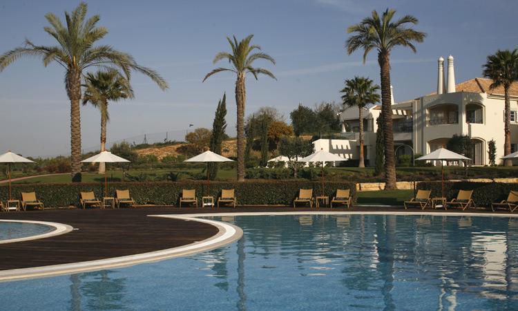 2 Bedroom Townhouse Garden View in an Exclusive 5-Star Resort in Carvoeiro - Image 1 - Carvoeiro - rentals
