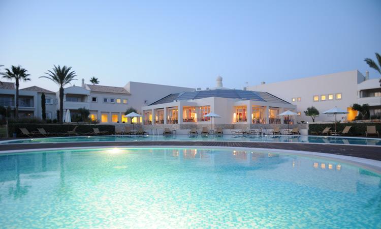 1 Bedroom Townhouse in an Exclusive 5-Star Resort in Carvoeiro - Image 1 - Carvoeiro - rentals