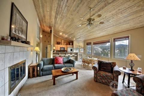 Living Room - Snowflake Chalet - Breckenridge - rentals