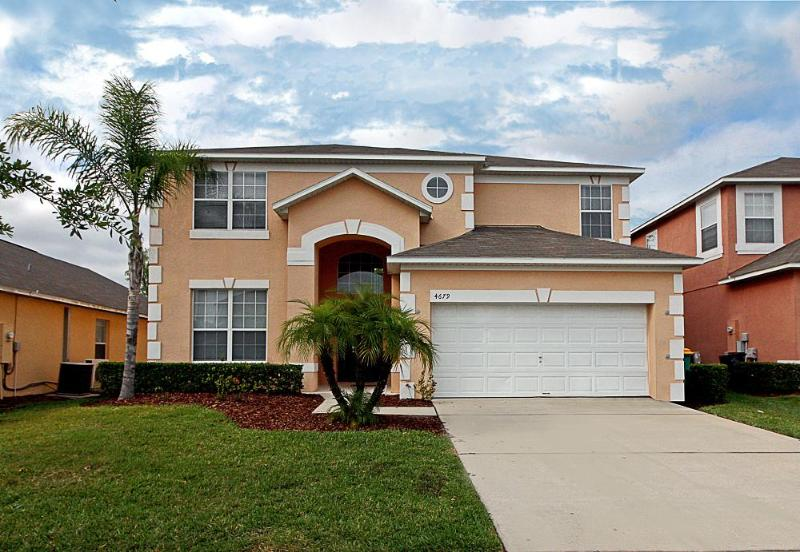 Luxury Forest View Villa with a Private Pool 7BR/4.5BA WiFi 8 miles to Disney - Image 1 - Kissimmee - rentals