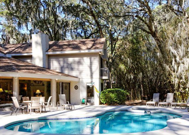 Turnberry 30 - Turnberry Lane 30, 4 Bedrooms, Private Pool, Spa, Golf Views, Sleeps 12 - Hilton Head - rentals