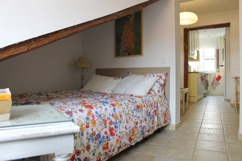 Central newly renovated and cozy apartment - Image 1 - Madrid - rentals