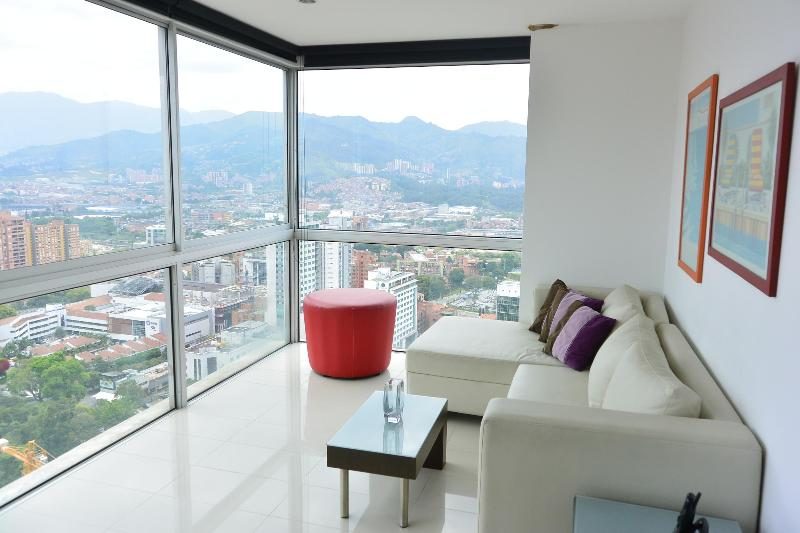 NEW - 2b/2ba Penthouse with Rooftop Pool, Gym - Image 1 - Medellin - rentals