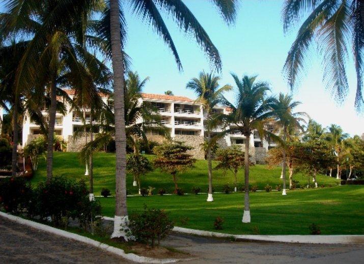 Condo for rent in Manzanillo - Image 1 - Manzanillo - rentals