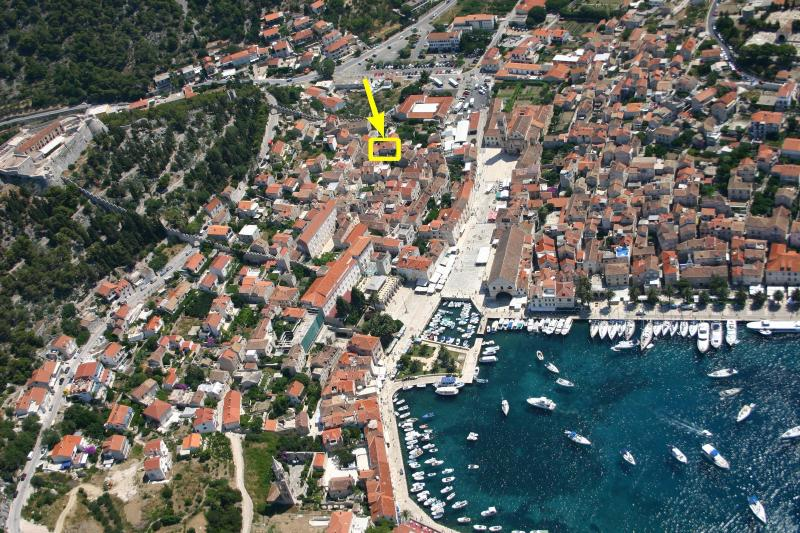 Apartment is centrally located. Just 20m from the main square. - HVAR 5* Apartment 20sec from the Main Square - Hvar - rentals