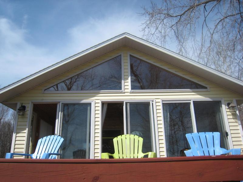Front deck - Van Auken Lake Cottage - Bangor - rentals