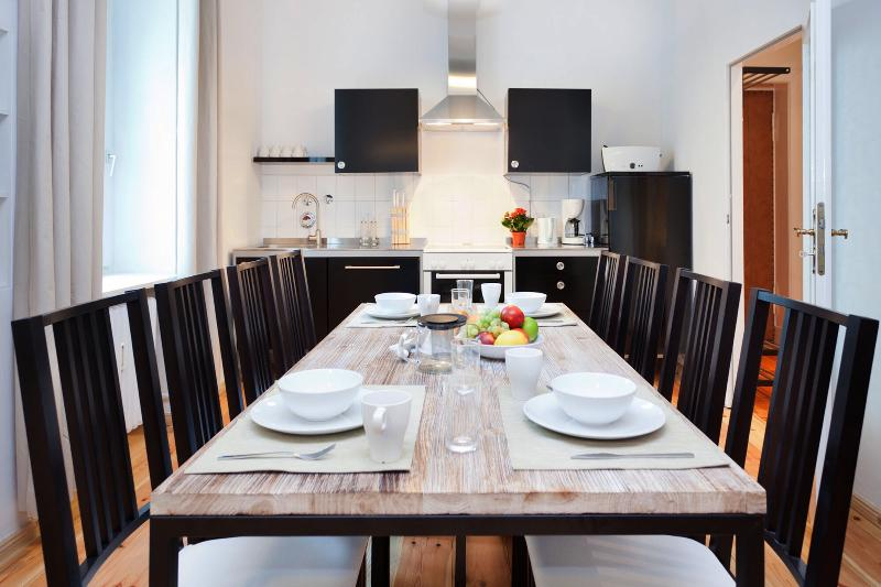 Mitte Vacation Rental for Up to 8 in Berlin - Image 1 - Berlin - rentals