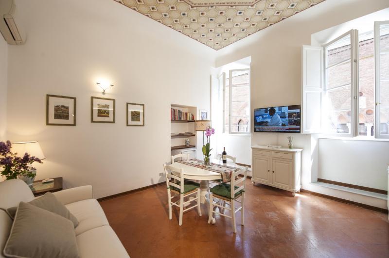 Palazzo Cinotti  Suite Giulio - Image 1 - Siena - rentals