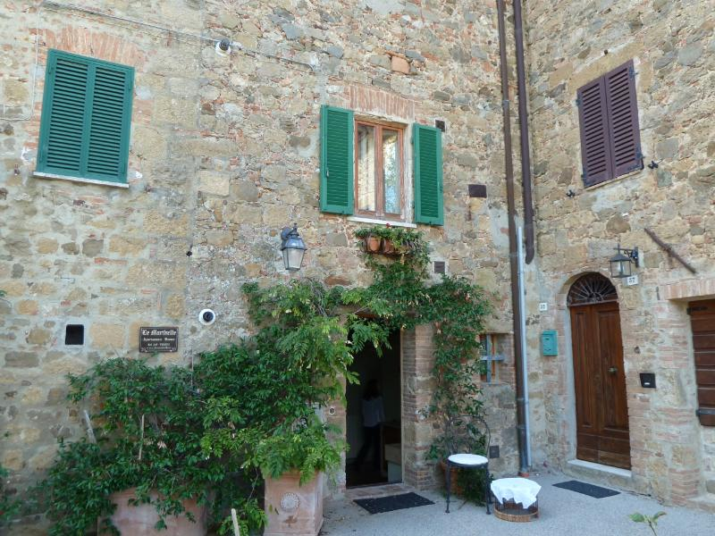 the building - Secret Tuscany property - Monticchiello - rentals