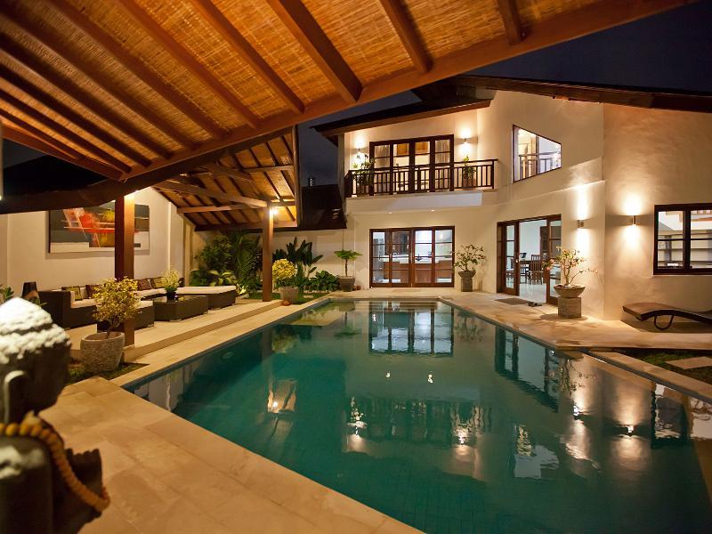 A Tranquil 3 Bedroom Pool Villa in Seminyak - Image 1 - Seminyak - rentals