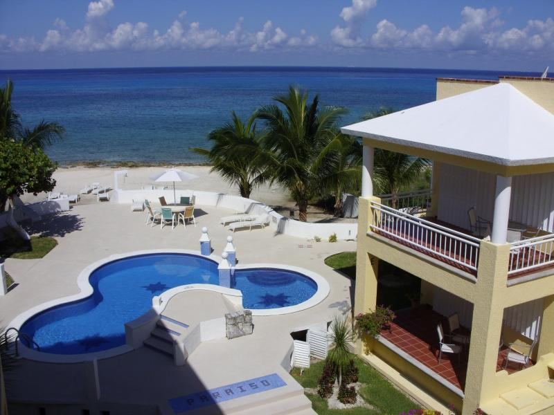 The beautiful Beach House - The BEACH HOUSE on the CARIBBEAN SEA - Cozumel - rentals
