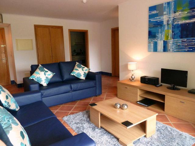 Living Room - Apt. in 4* hotel, Acoteias, Albufeira, sleeps 4 - Olhos de Agua - rentals