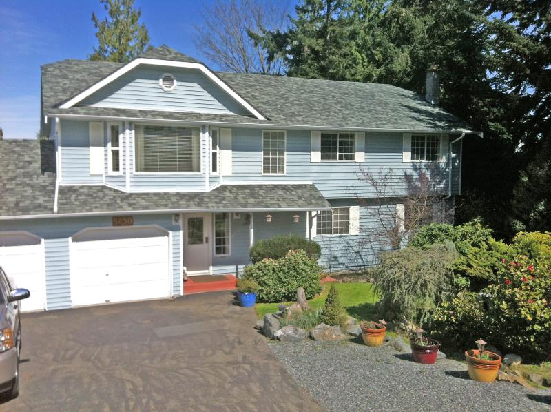 North Nanaimo, comfortable and quiet space to unwind, close to all amenities and shopping. No stairs - 1 bedroom vacation suite north nanaimo, bc, Canada - Nanaimo - rentals
