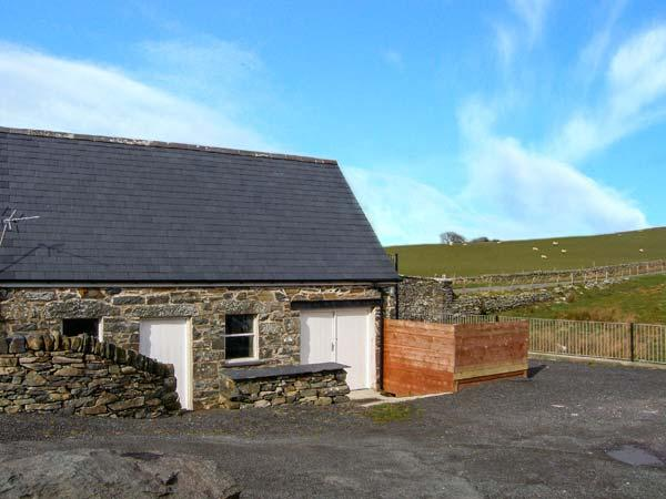 GLAN NUG BACH, games room, walks from the doorstep, in Rhydlydan, Ref, 26537 - Image 1 - Rhydlydan - rentals
