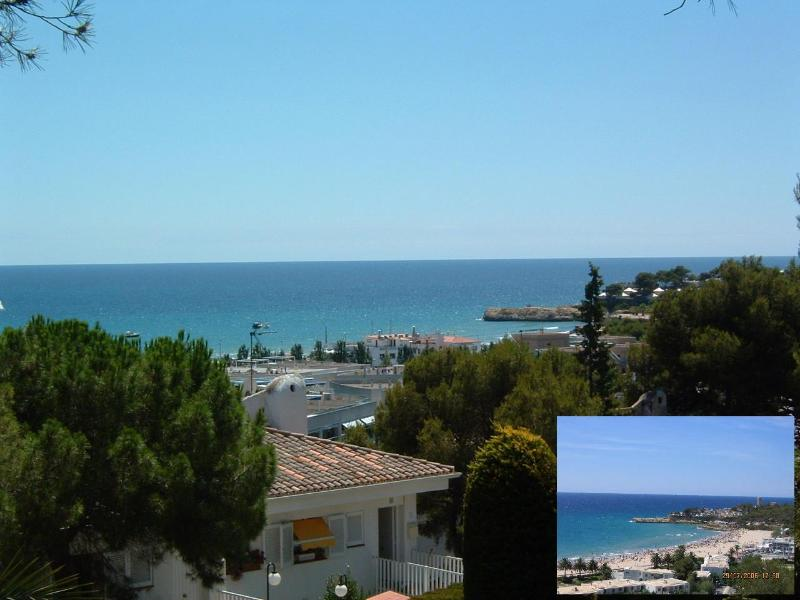 Seaview from house and Beach - Spacious apt.seaview,4min walking to beach,pool. - Tamarit - rentals