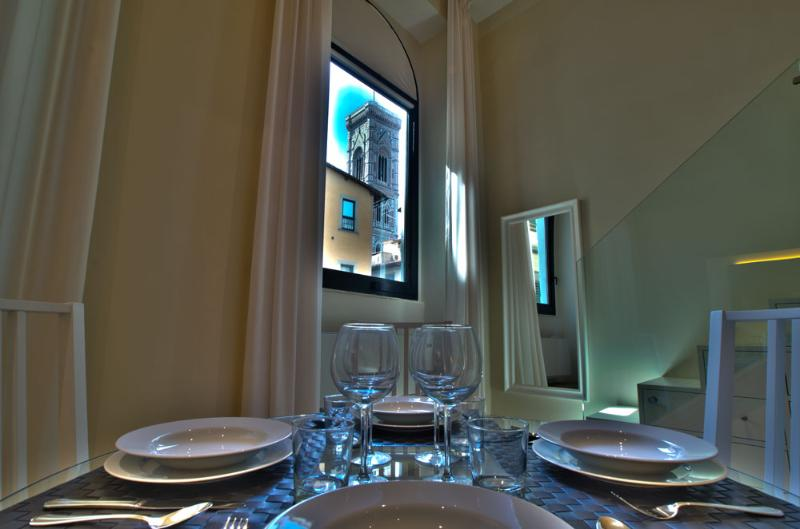 CALIPSO, 50m close to Florence Cathedral - Image 1 - Florence - rentals