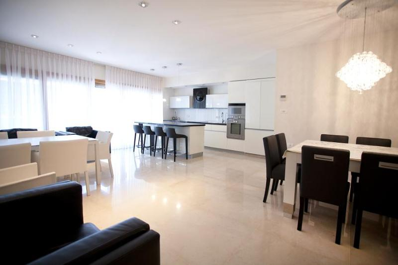 405 King David Residence in Jerusalem - Image 1 - Jerusalem - rentals