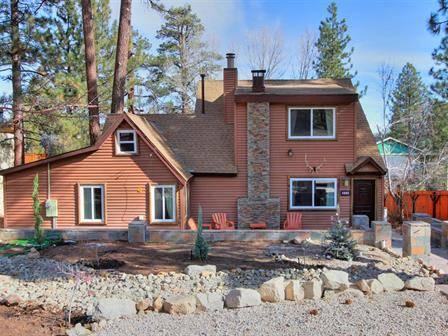 Brand new front and backyard landscaping (by famous local designer Jeff Horton) - NEWLY REMODELED Modern Rustic Cabin w/ everything - Big Bear Lake - rentals