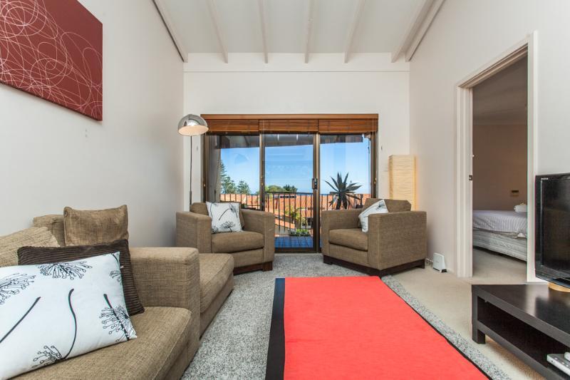 Second Floor Living Area - Cottesloe Island View Villa - Perth - rentals