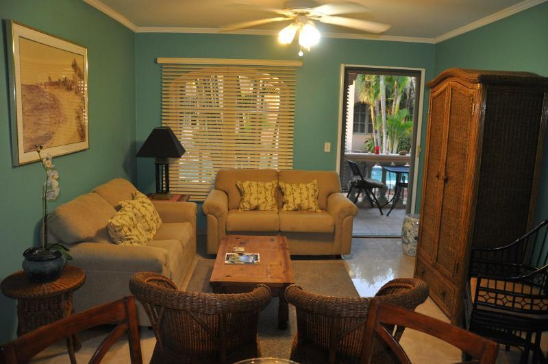 LIVING ROOM - Ground Floor Unit Beside Pool - Palm/Eagle Beach - rentals